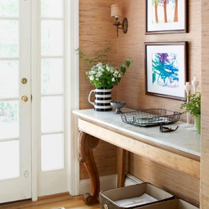 0113-decluttering-foyer-table-baskets-lgn