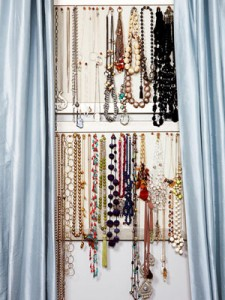 necklaces-on-bulletin-board-1-0110-mdn